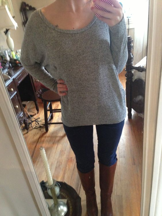 Comfy gray sweater, navy skinnies, brown leather boots. Cute & casual!