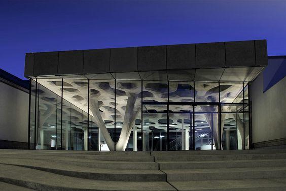 Bauakademie Salzburg, Eingang