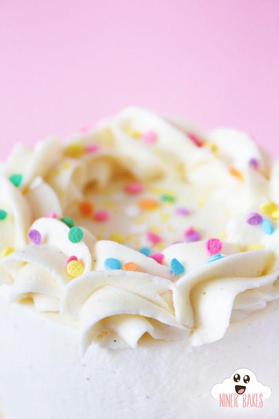 {Himmlisch} fluffige Vanille – Cookie Dough – Törtchen im Mini Format | niner bakes