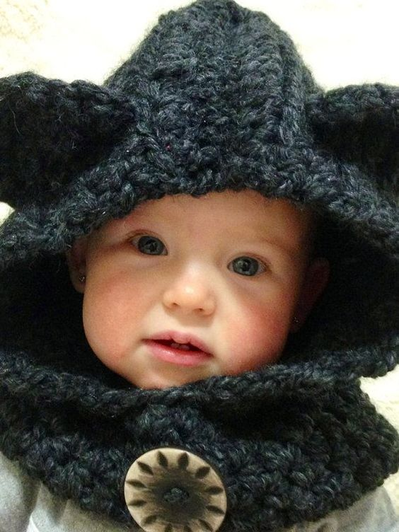 Knitting Pattern Bear Hoodie : 17 Best images about Cowl Toddler Babies, Crochet bear ...