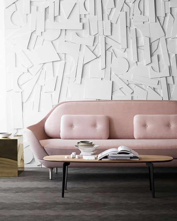 Rosa Sofa von Fritz Hansen (Foto via My unfinished Home) #wall #material #structure