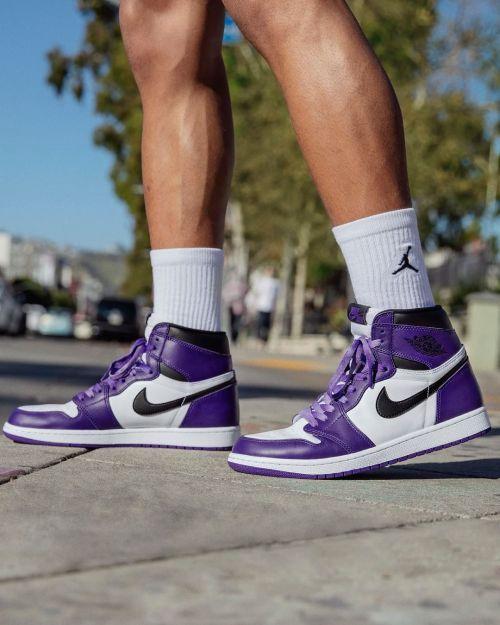 via footlocker Air Jordan 1 Retro High OGCourt Purple Show ...
