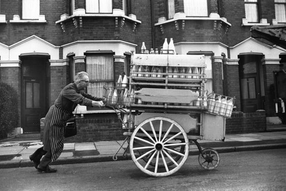 Alfred Davis delivering milk in Forest Gate, London, 1960s, by Steve Lewis  (from London's East End, a 1960s album)