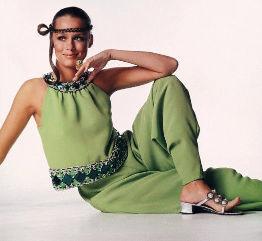 Lauren Hutton in Pierre Cardin, 1968: