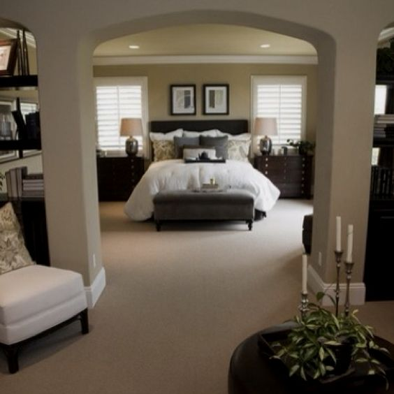 Amazing beds elegant home decor and luxurious bedrooms on for Amazing master bedroom ideas