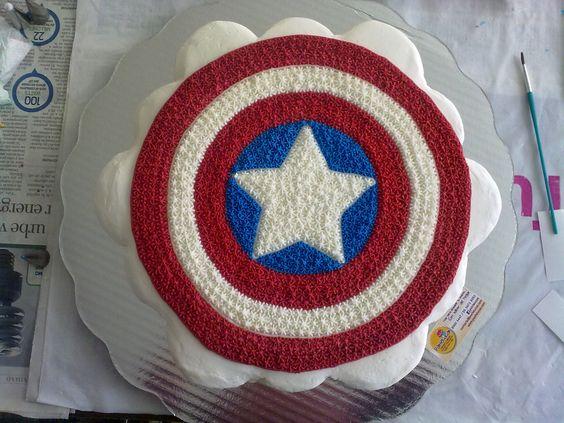 Captain America cupcake cake: