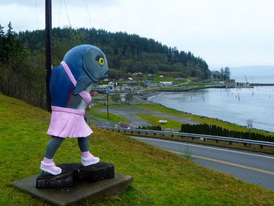 10 Bizarre Roadside Attractions In Washington That Will Make You Do A Double…