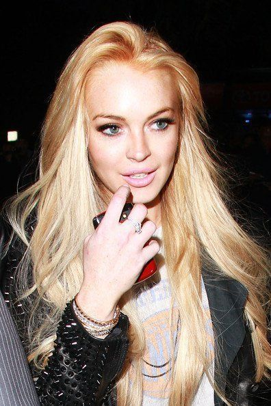 Lindsay Lohan, you hot mess.