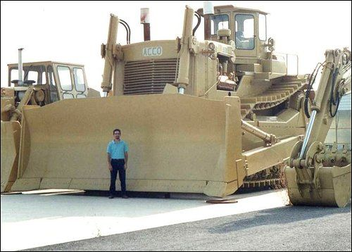 Biggest Bulldozer Made : Largest dozer in the world acco doz g earthwork
