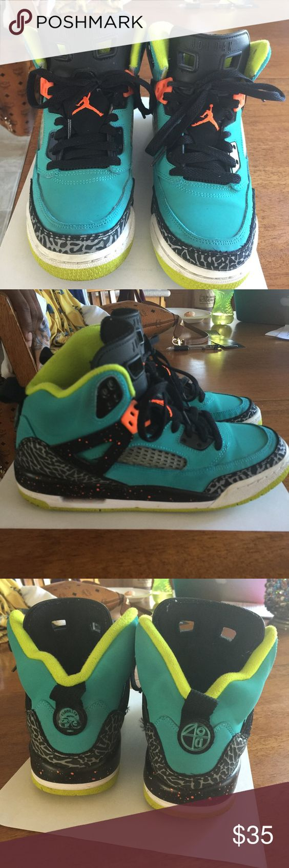Teal Jordan Spizikes kids size 5.5 Teal, black, gray with lime accents; these Jordan Spizikes are in great condition. My son simply outgrew them. Jordan Shoes Sneakers