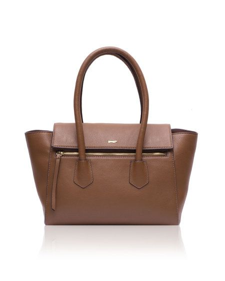 Contemporary in design, The Paul Costelloe Akira, is hand crafted & designed in naturally dried milled leather to give it a more structured & controlled look.