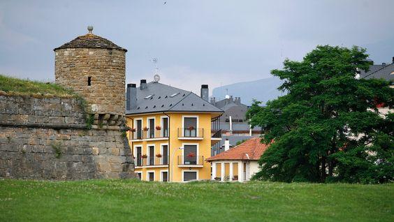 La zona del Pirineo aragonu00e9s es perfecta para la cru00eda del ternasco ...