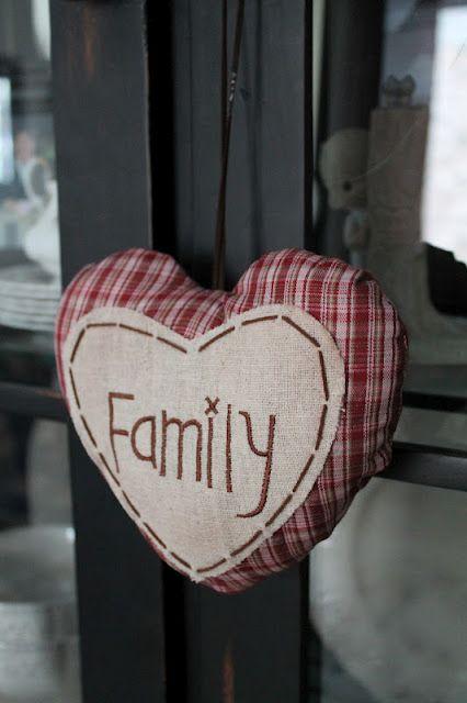 family: Hearts Galore, Vintage Girl, Hearts Fabric, Hearts Vd, Família Hearts, Fabric Hearts