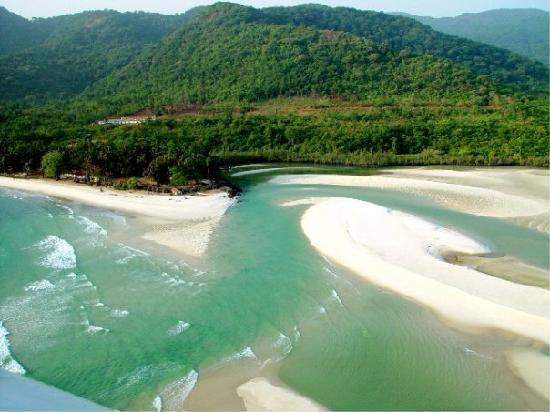 Sierra Leone: River number 2 beach