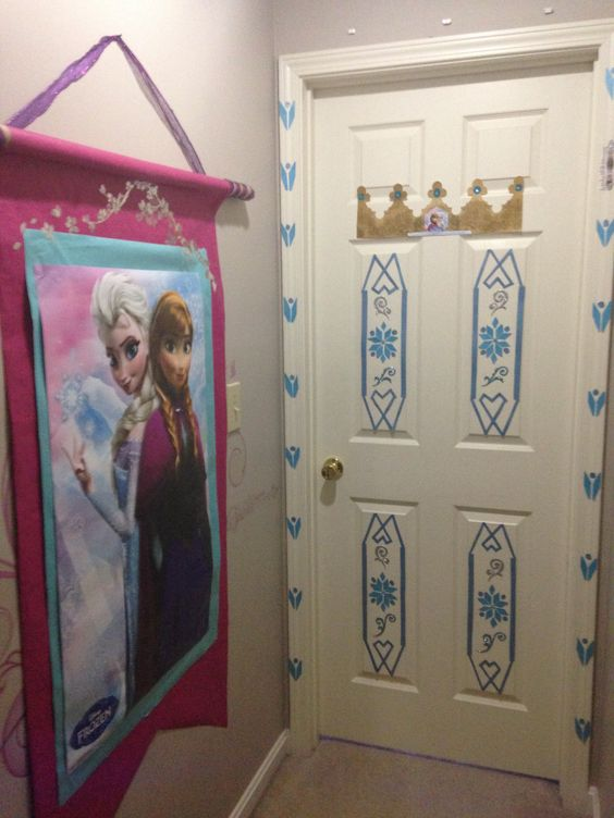 Frozen disney door bedroom for my daughter : disney door - Pezcame.Com