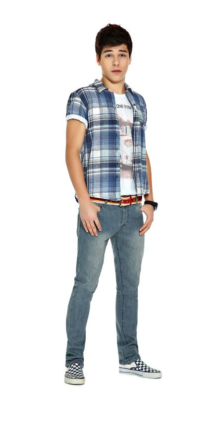 US clothing brand Old Navy is Gap's younger, more affordable sister. Their online store offers plus and slim sizes for both teen boys and girls worldwide. Their online store offers plus and slim sizes for both teen boys and girls worldwide.
