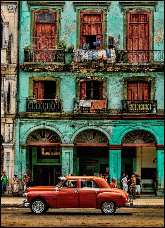 Early Morning Havana, Cuba (by John Galbreath) Join us! www.canyoncalling.com: