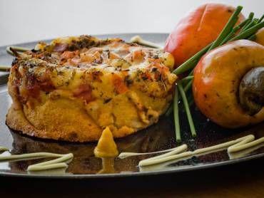 Faça a receita de Torta bauru de forno e surpreenda-se! Com certeza vai ser um sucesso na sua casa e receberá muitos elogios! Torta bauru de forno Imprimir