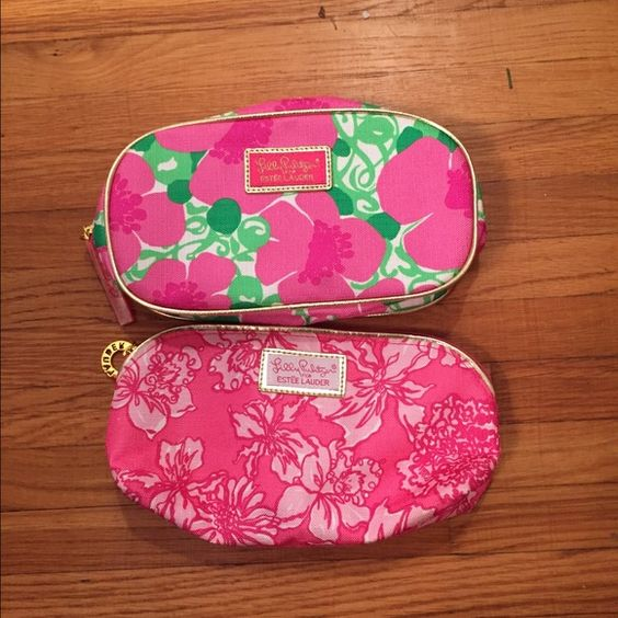LP Makeup bags Both in like new condition. No 〽️ or trades. ️$18. Lilly Pulitzer Bags Cosmetic Bags & Cases