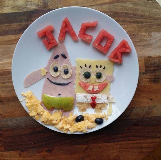 Quelle maman n'a jamais lutté pour faire manger des fruits et des légumes à son enfant ? Laleh Mohmedi, une maman australienne, a trouvé une astuce imparable pour que son petit Jacob accepte de manger d'en manger à tous ses repas. Son secret ? Le voici. Les héros de dessins animés prennent vie Jacob a ...