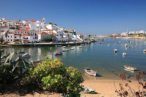 Ferragudo, Algarve, Portugal