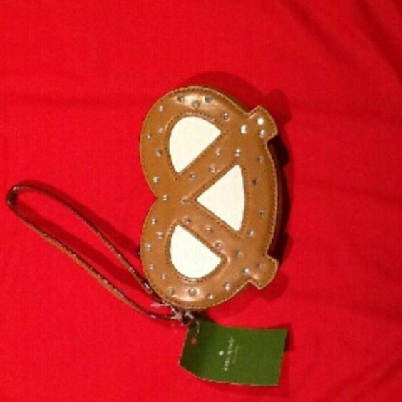 NWT Kate Spade Pretzel wristlet Nwt, super super cute kate spade Bags Clutches & Wristlets