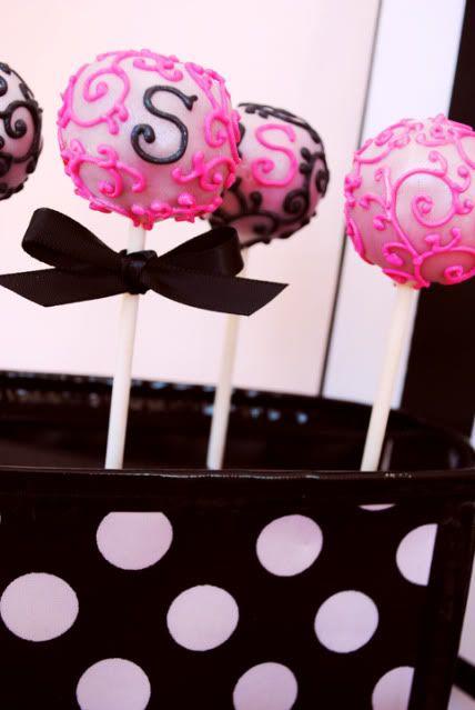 Initial cake pops: Pops Ideas, Pretty Cake, Pop Ideas, Cake Pops, Pâtisserie Cakepops, Decorative Cakepops, Elegant Cake, Girly Cakepops, Cakes Pops