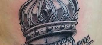 Tatuajes de coronas. Tatuajes de coronas para mujer. Tatuajes de coronas para hombre. Tatuajes de coronas para parejas. Tatuajes de coronas de rey. Ideas y diseños. +30 fotos.