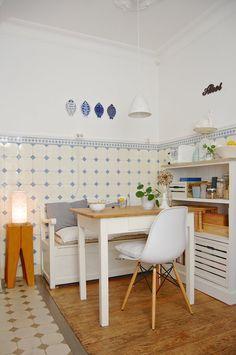 ◇ Nicht viel.... #interior #interiordesign #einrichtung #einrichtungsideen #deko #dekoration #decoration #living #wohnen #küche #kitchen Foto: MiMaMeise