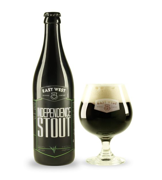 Bia East West Independence Stout 12% - Chai 500ml