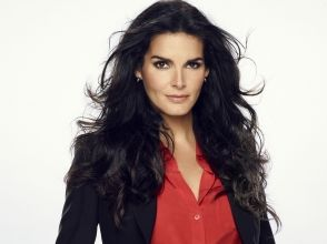 Angie Harmon pictures and photos