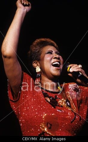 Download this stock image: ATLANTIC CITY, NJ - MAY 27: Singer Aretha Franklin performing at a casino in Atlantic City, New Jersey on May 27, 1989. - CEKYMX from Alamy's library of millions of high resolution stock photos, Stock Photo, illustrations and vectors.