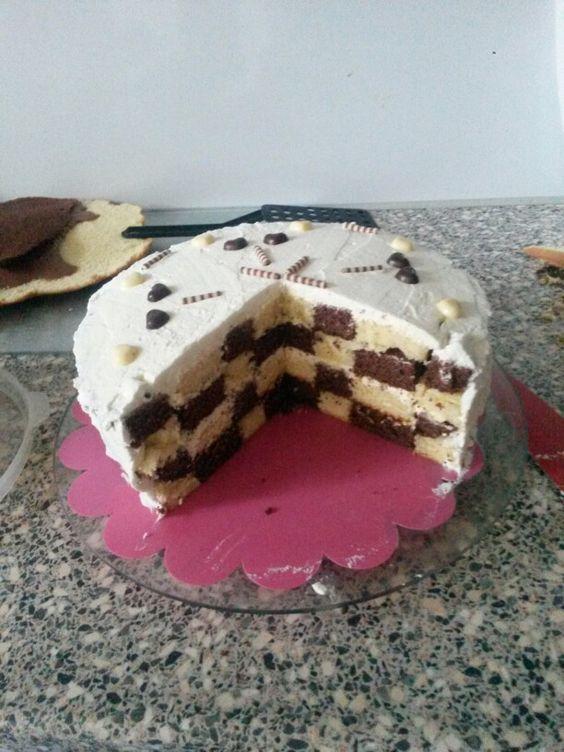 Dambord taart met slagroom