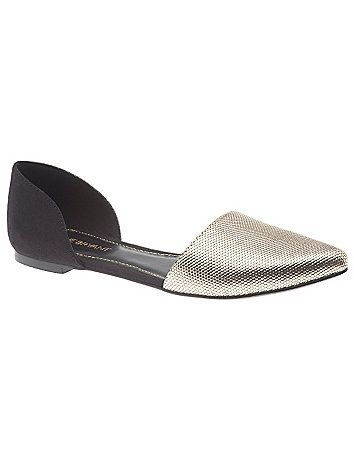 Versatile flat is a trend-perfect way to complete any look with an embossed metallic toe and faux suede back. In comfortable wide widths with cut-out sides for a sophisticated, streamlined silhouette. Non-slip sole. lanebryant.com