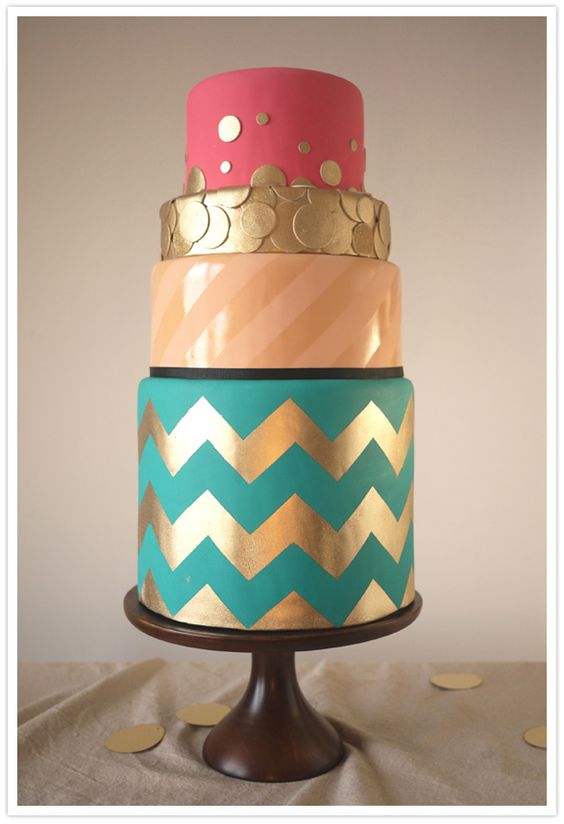 chevron/gold cake!