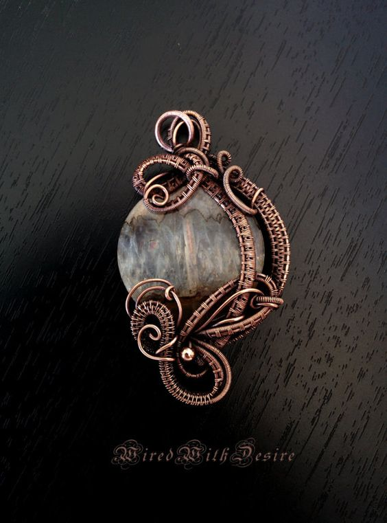Hey, I found this really awesome Etsy listing at https://www.etsy.com/listing/250138891/agate-pendant-wire-wrapped-gemstone