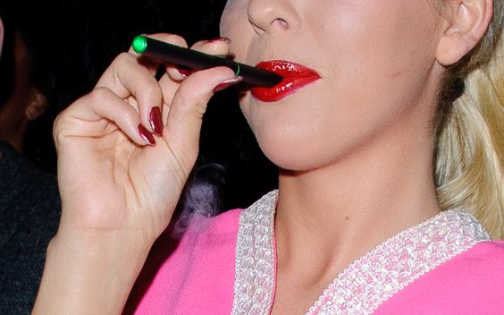 Electronic cigarette reviews/best electronic cigarette brands  http://www.smokelesscigaretteweb.com/SmokelessDelite.html
