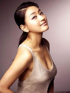 Park Jin Hee-Loved her in Fermentation Family, Love in Magic and The Woman Who Still Wants to Marry. She was okay in Giant as well.