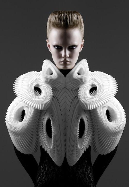 Architectural Fashion - 3D-printed clothing with complex structural design; futuristic fashion art // Iris van Herpen