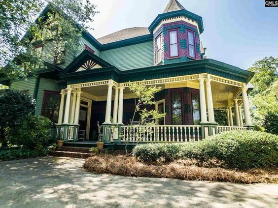 1897 Victorian In Leesville South Carolina Captivating Houses In 2020 Victorian Homes Gorgeous Houses Fantasy House