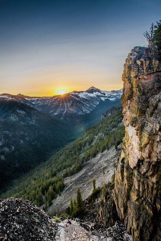 Bear Creek Overlook  Victor, Montana  ©Mark Mesenko  www.mesenko.com