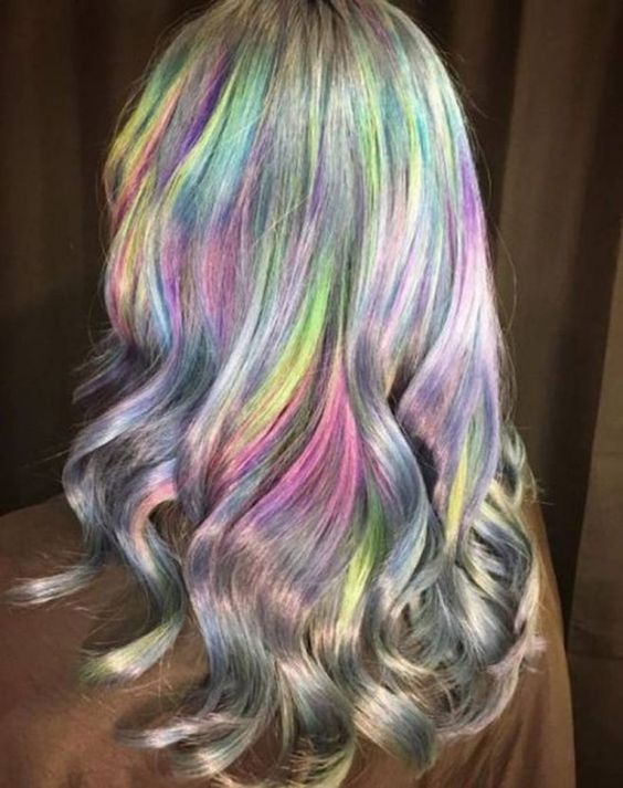 Holographic hair – the hottest new hair color trend – CircleTrest