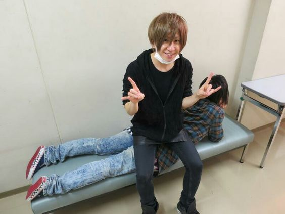 Teruki and Kanon. An Cafe