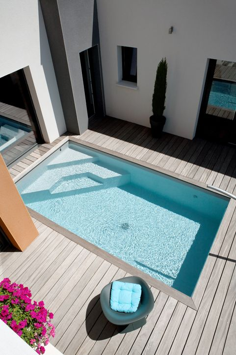 Caron piscines piscine enterr e en b ton mini piscine for Mini piscine bois enterree