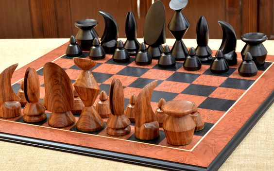 Check out our blog post to find the right size chess board for your pieces >> http://www.chessbazaar.com/blog/how-to-find-the-right-size-chessboard-for-your-wooden-chess-pieces/
