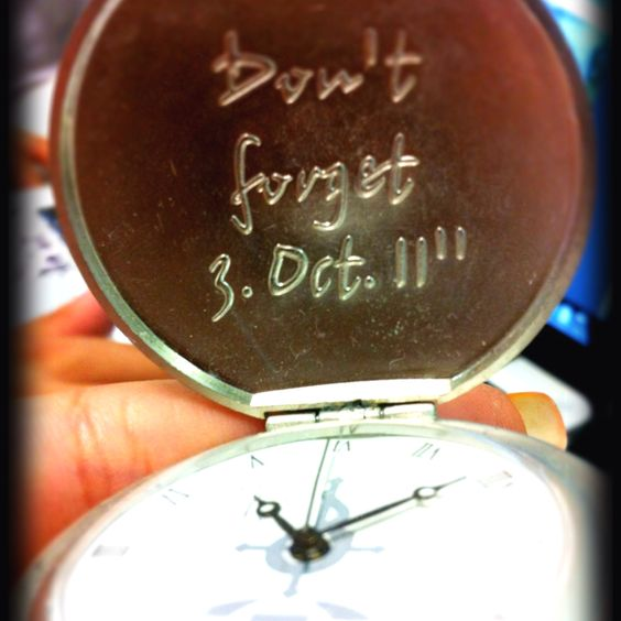 A sacred date for all FMA fans. If I had the pocketwatch the whole commemoration would be complete, though.