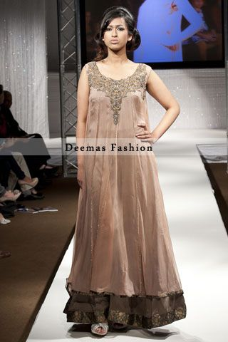 dress in party
