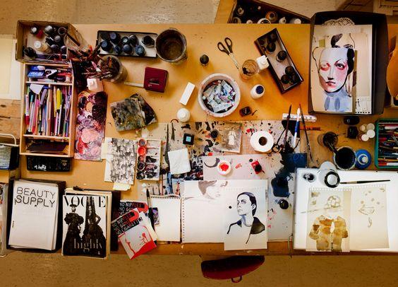 Desk of Tina Berning, Illustratorin