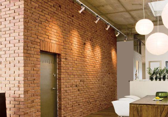 Tabiques fabricados con tecnología Europea, cumplen con las más estrictas normas de calidad. Fachaletas como elementos decorativos para fachadas.