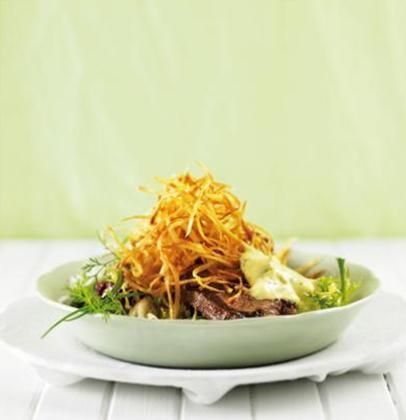 Steak Bearnaise with sweet-potato straws